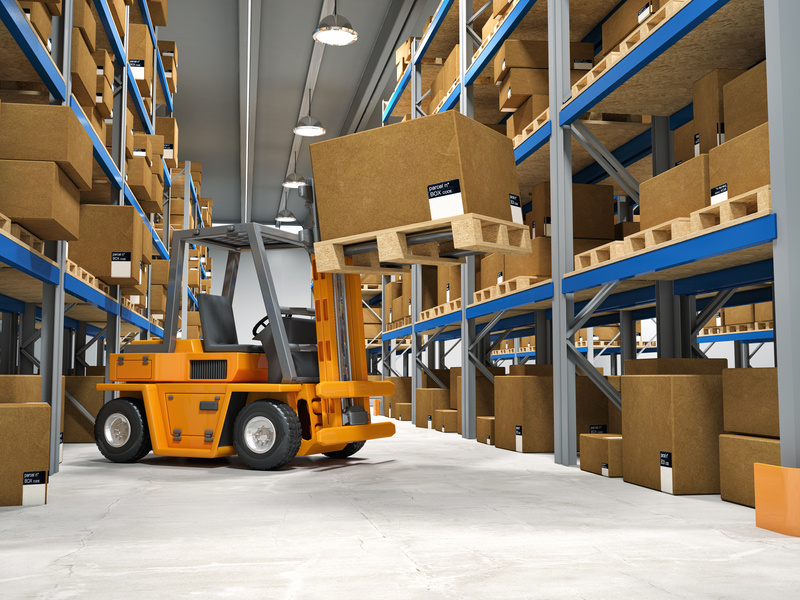 Four Things Warehouse Personnel Should Know About Recharging a Forklift  Battery - Blog